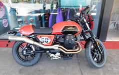 Moto Guzzi V7 III Sketch Black&Red 750 ABS