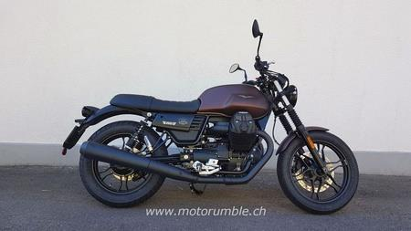 Moto Guzzi V7 III Stone Night Pack